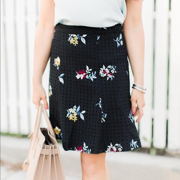 e41c15d774 Ann Taylor Dresses & Skirts - EMBROIDERED FLORAL EYELET FULL SKIRT BLACK  NWOT
